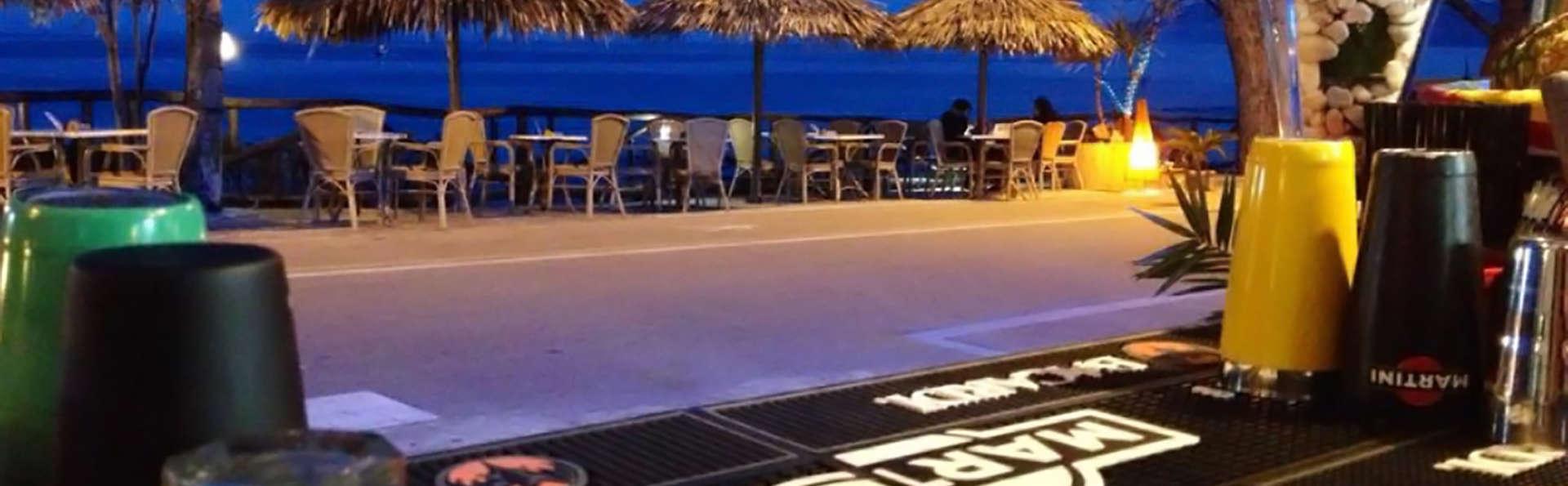 Hotel La Conchiglia - Edit_Terrace2.jpg