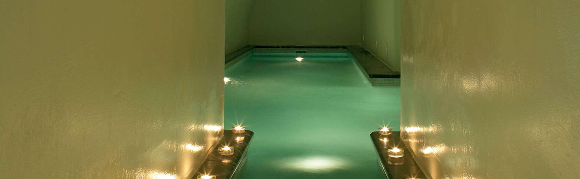 Séjour au centre de Cordoue dans un hôtel de luxe avec dîner, spa et massage inclus