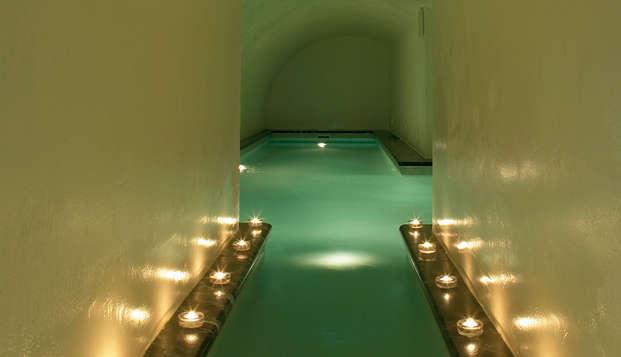 Escápate en pleno centro de Córdoba en un hotel de lujo con cena, spa y masaje incluidos