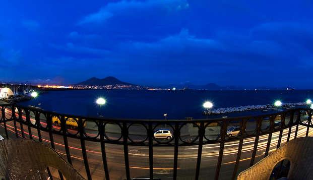 Offre au coeur de Naples : 3 nuits dans un hôtel avec vue sur la Baie de Naples