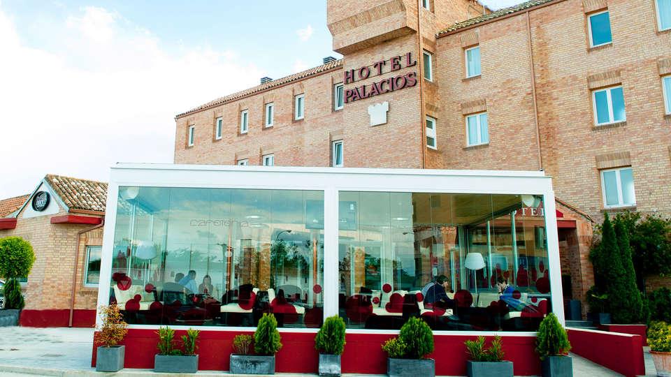 Hotel Palacios - EDIT_front1.jpg