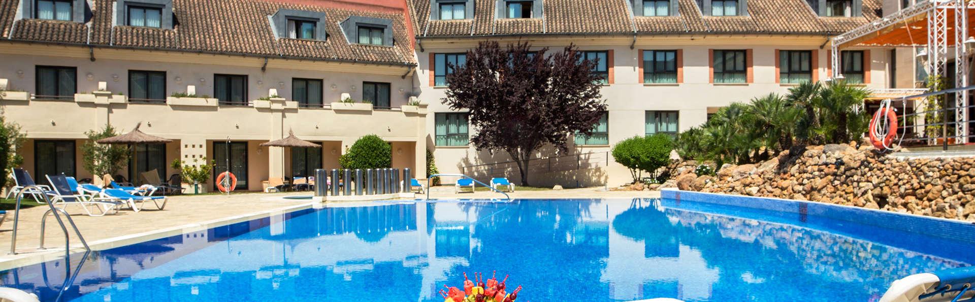 Disfruta de la gastronomía andaluza en pensión completa y acceso al spa en Antequera