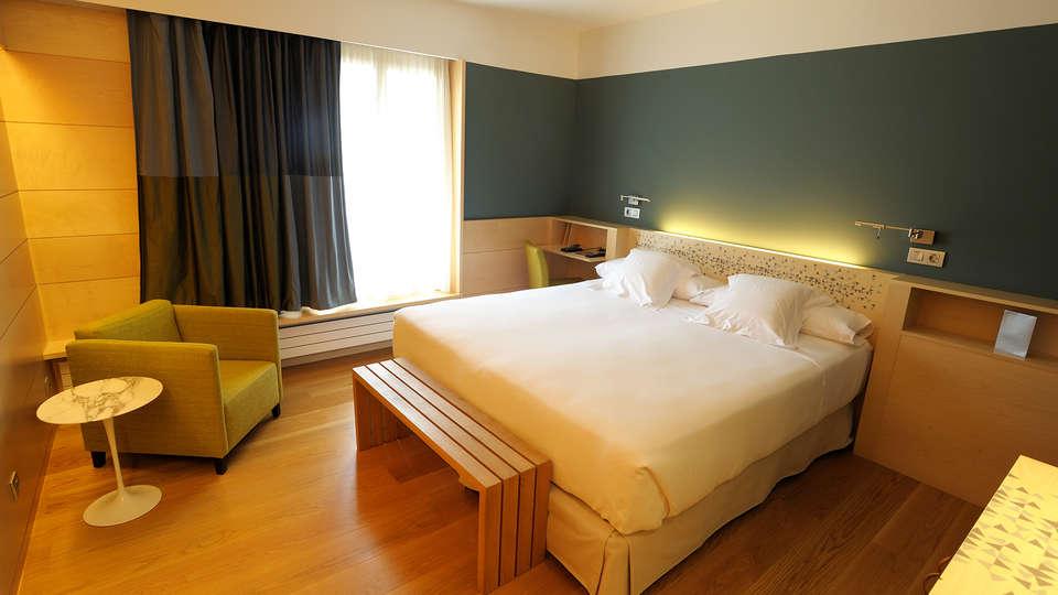 Hotel Continental Balneario de Panticosa  - edit_room1.jpg
