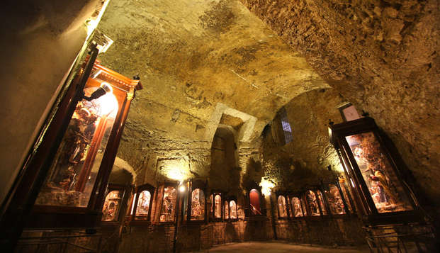 Soggiorno a Posillipo con vista Vesuvio ed ingresso alla città sotterranea