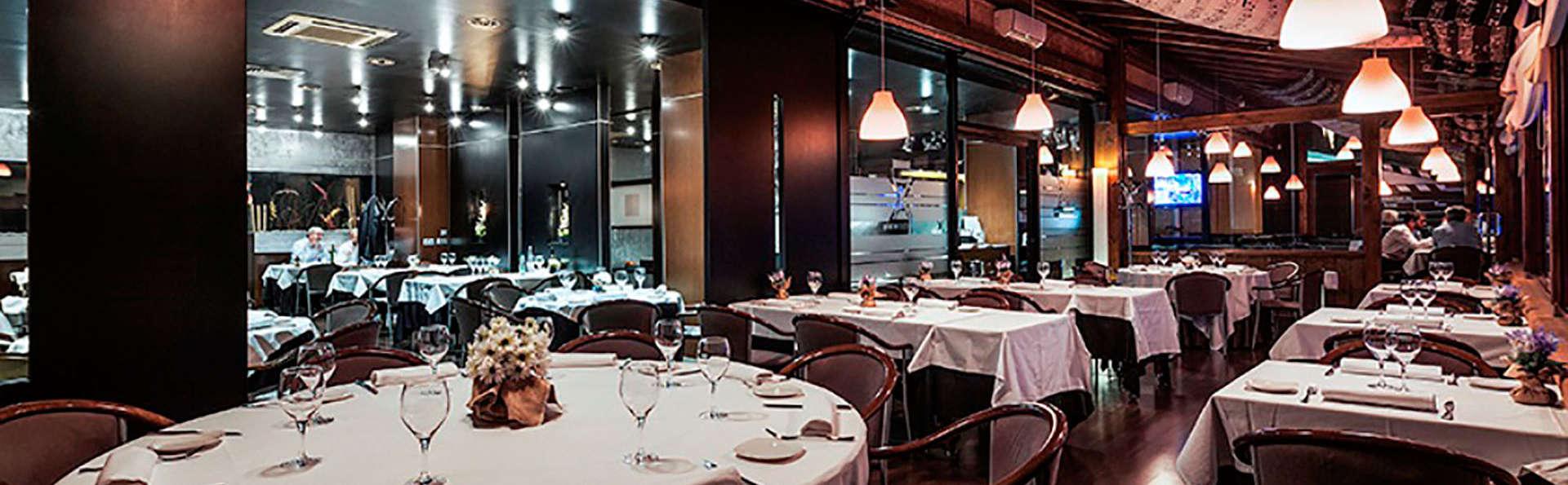 Acta Arthotel - EDIT_restaurant1.jpg
