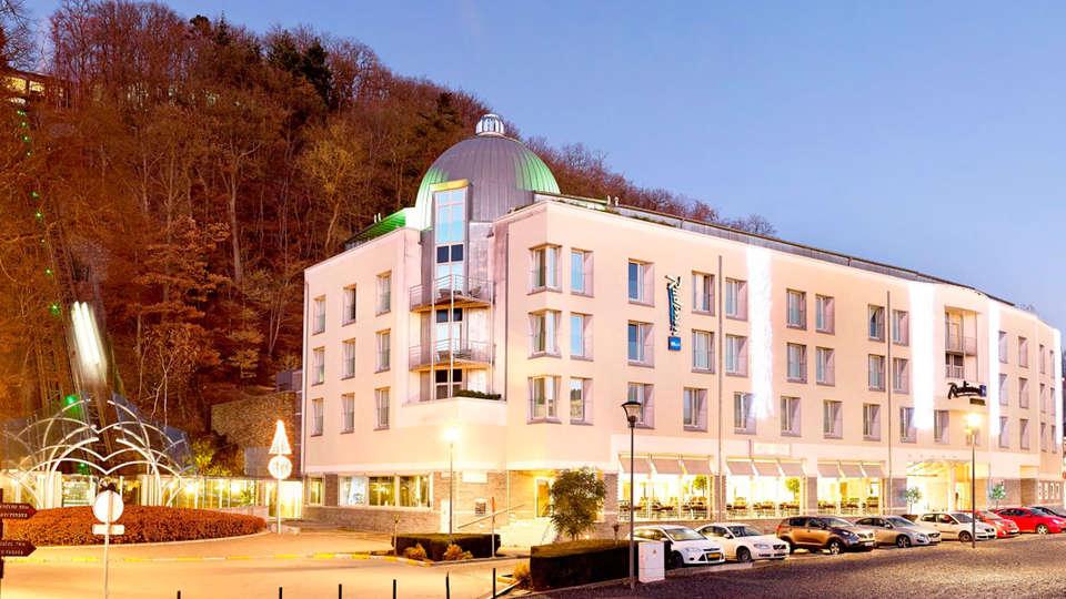 Radisson Blu Palace Hotel - edit_front4.jpg