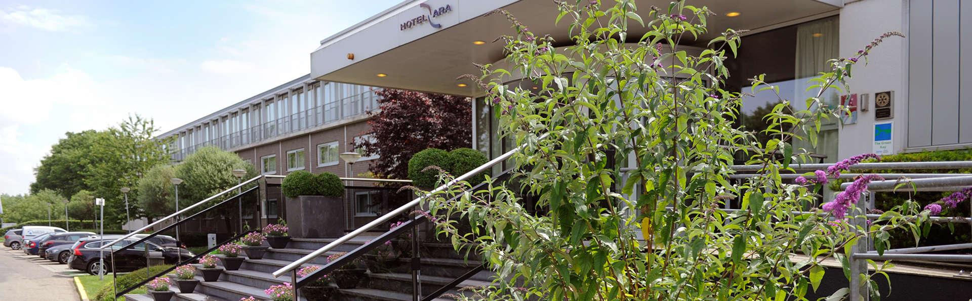 Van der Valk Hotel ARA  - edit_facade.jpg