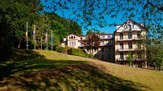 Kom tot rust bij Parkhotel Valkenburg en relax in Thermae 2000 (vanaf 2 nachten)