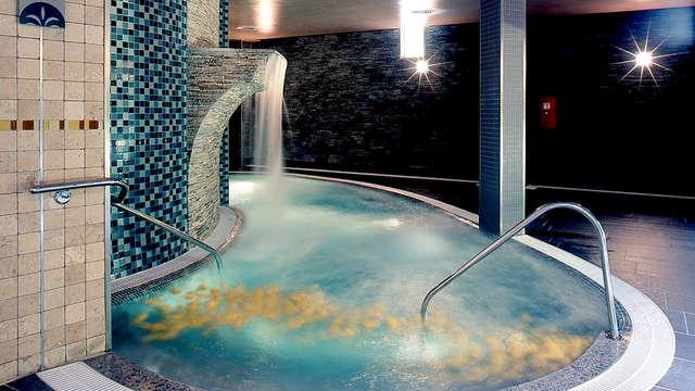 Escapada en el Balneario de Archena con Media pensión y Piscinas termales (desde 3 noches)