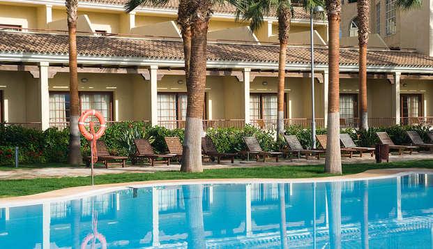 Escapada con desayuno en hotel 5* en Almería