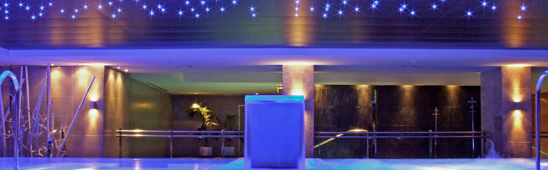 Camera superior con cena romantica in un favoloso 5* ad Almería
