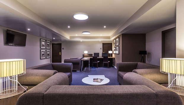 Urban Dream Granada - lobby