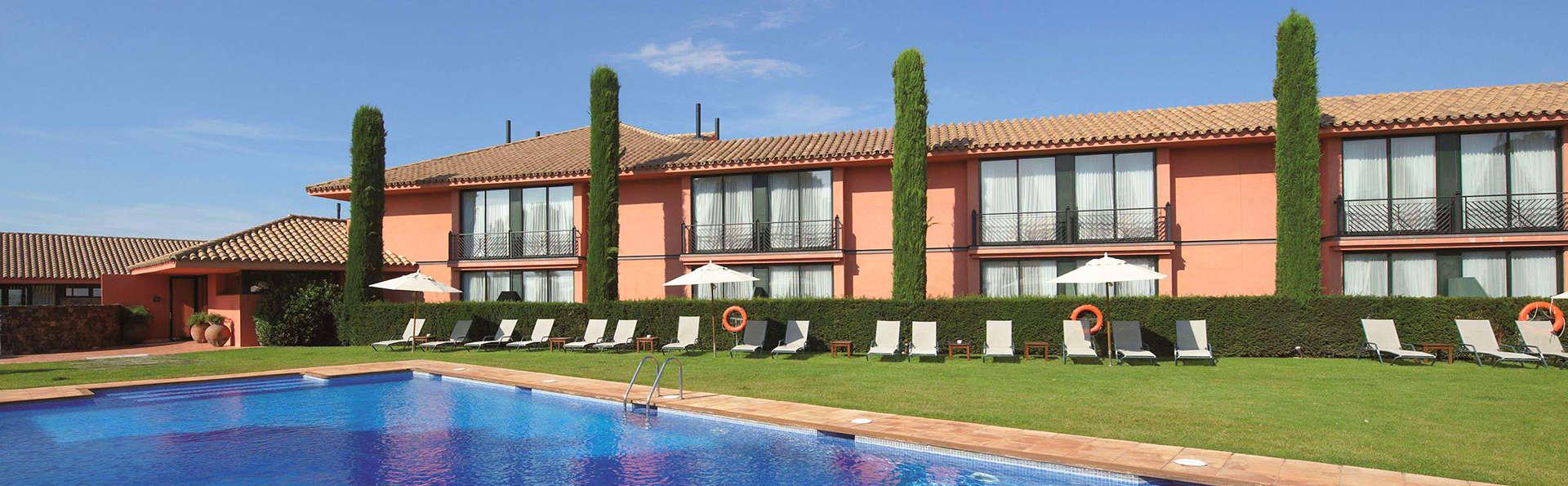 TorreMirona Golf & Spa Resort - edit_pool.jpg