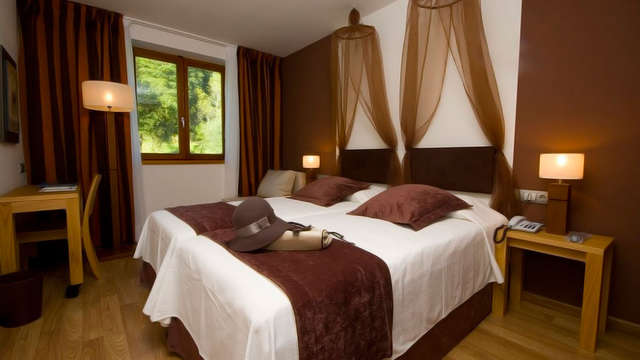 2 noches en habitación doble estándar vista a la montaña para 2 adultos