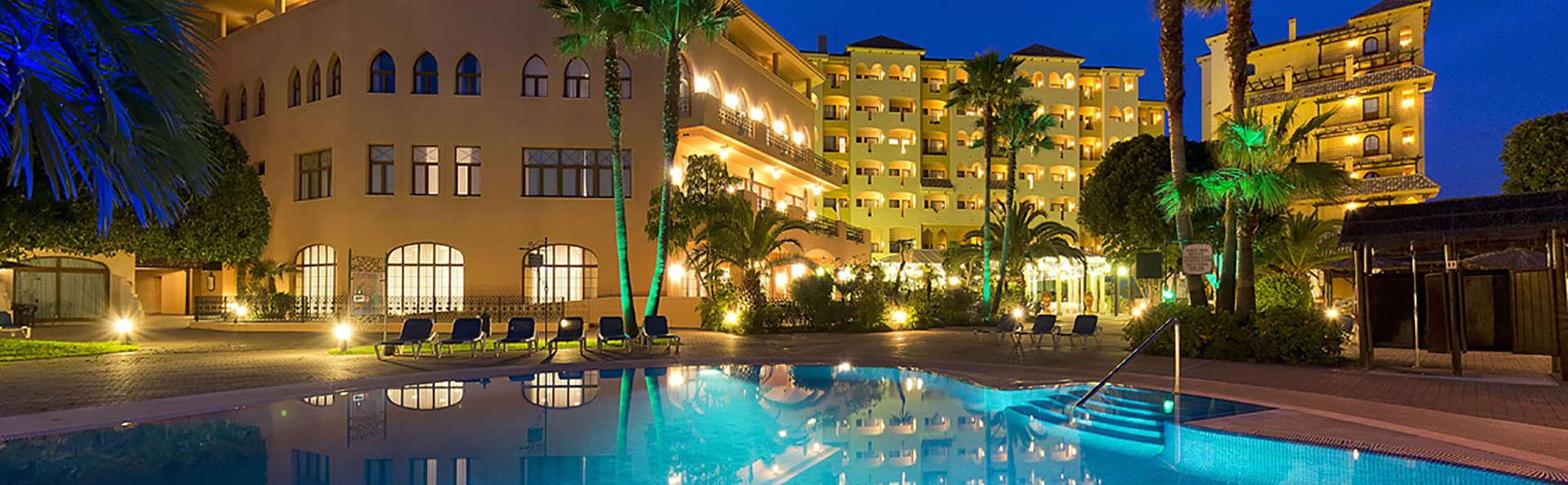 Enamórate con vistas al mediterráneo, sesión de spa y cena incluidos