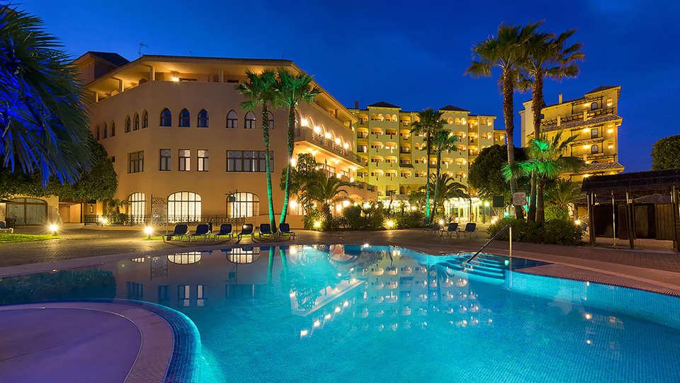 Hotel IPV Palace Spa - Edit_Pool3.jpg