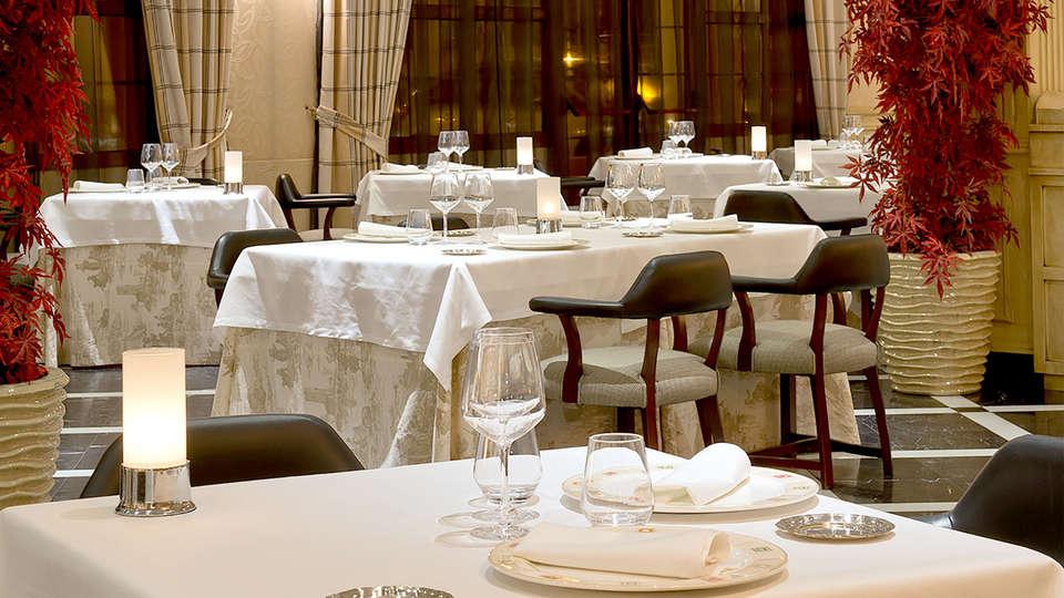 Hotel IPV Palace & Spa - Edit_Restaurant.jpg