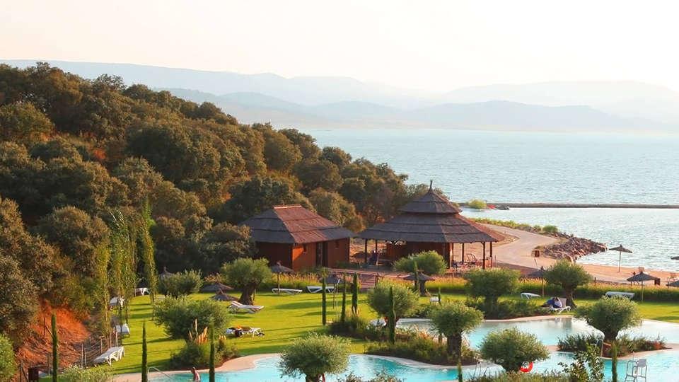 Hotel Vincci Valdecañas Golf - Edit_View.jpg