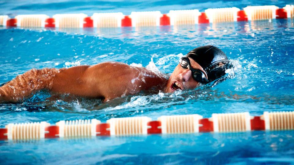 Hotel Torresport Spa - edit_swimming.jpg