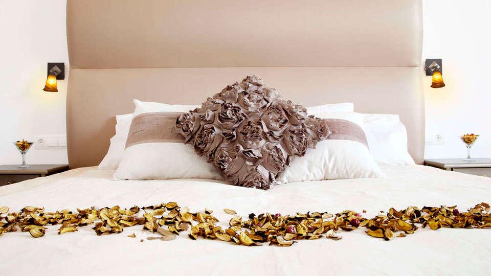 Sant Pere del Bosc hotel & spa - edit_cava_room.jpg