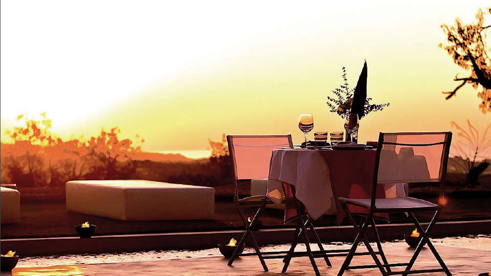 Sant Pere del Bosc hotel & spa - edit_pool_posta_sol.jpg