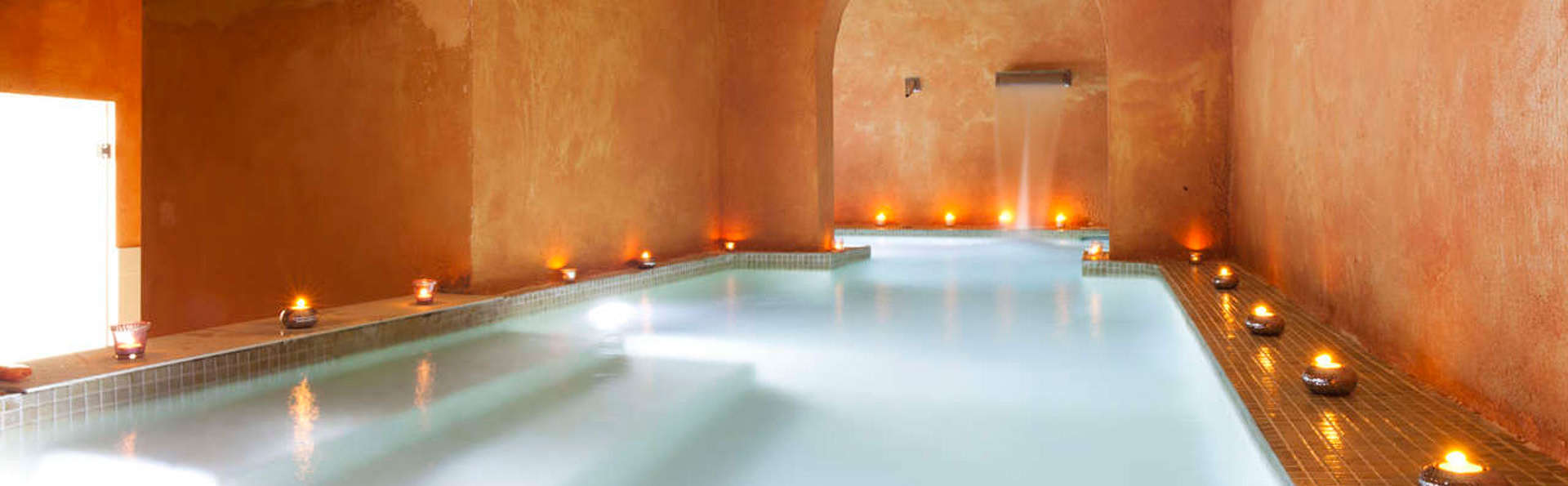 Luxe belevenis: ontspan in een luxe hotel aan de Costa Brava en geniet van de spasessie