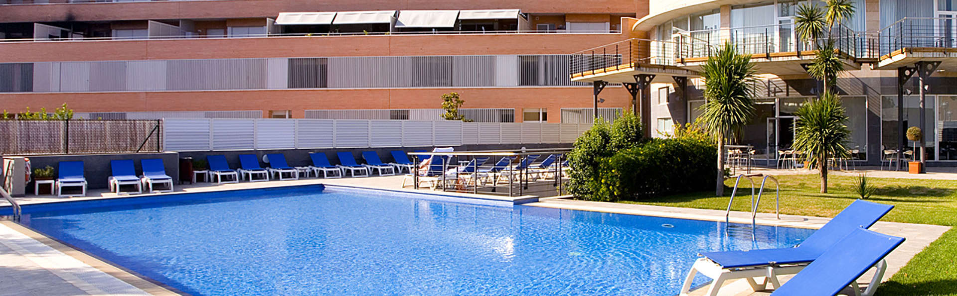 Mercure Atenea Aventura - Edit_Pool3.jpg