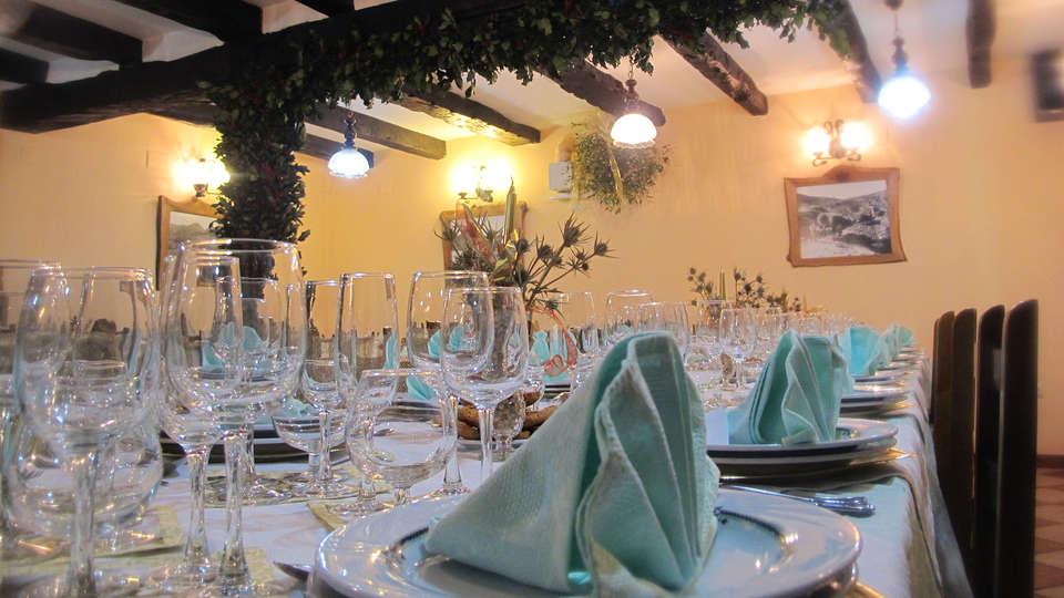 Posada El Sestil - edit_restaurant1.jpg