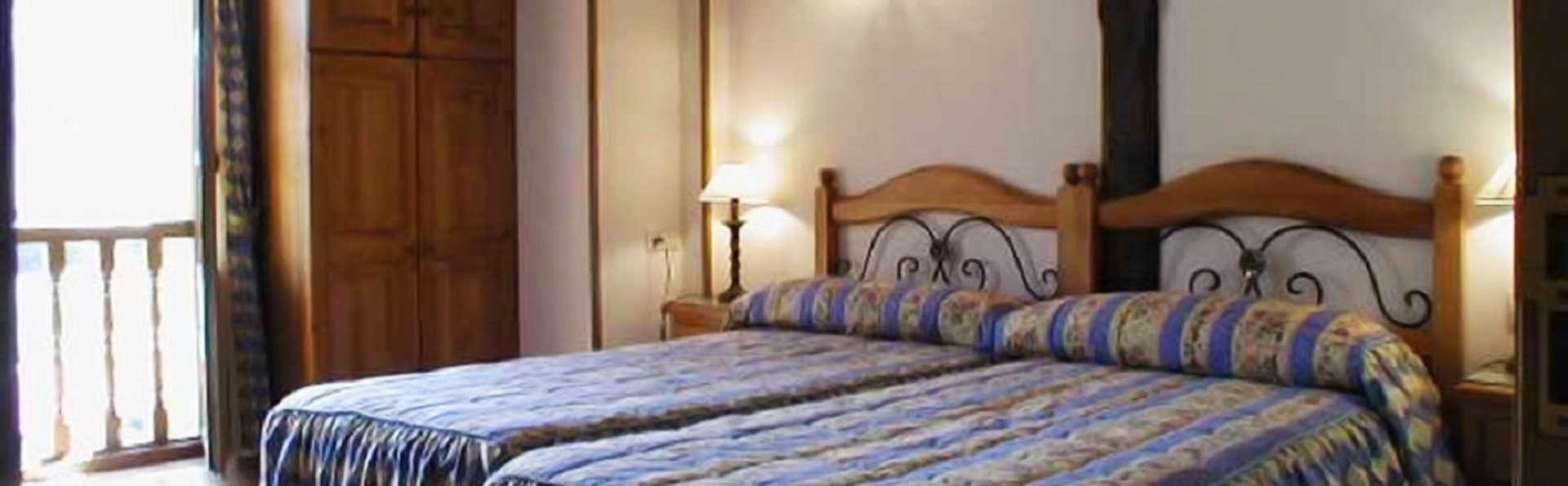 Posada El Sestil - edit_room2.jpg
