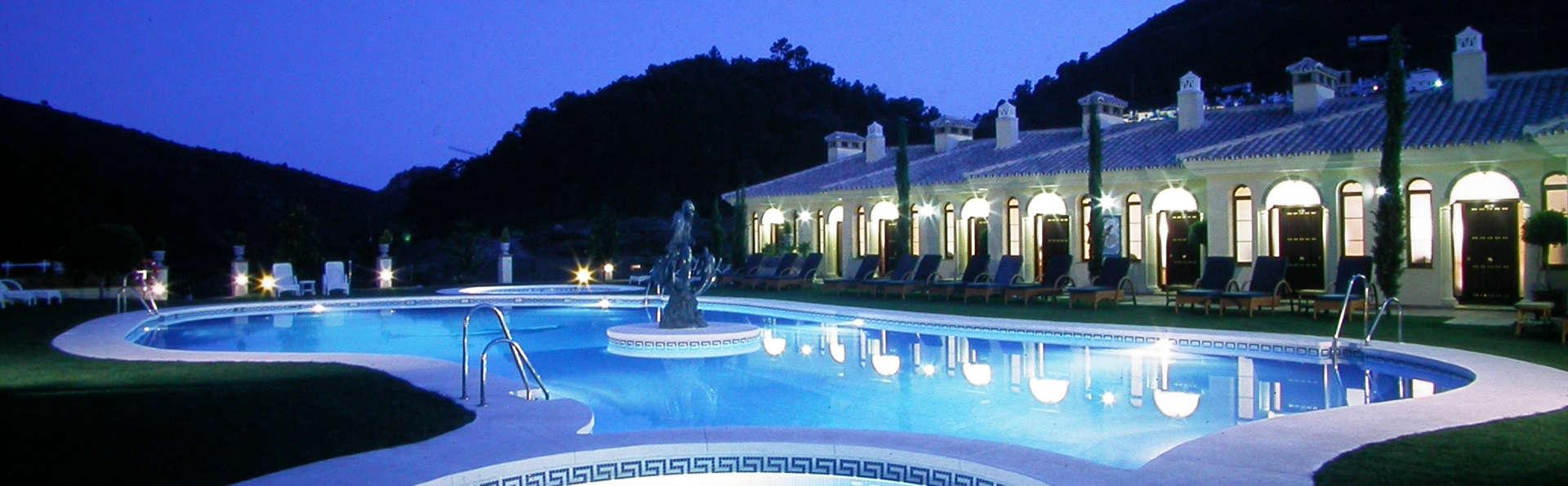 Gran Hotel Benahavís - edit_facade_pool.jpg