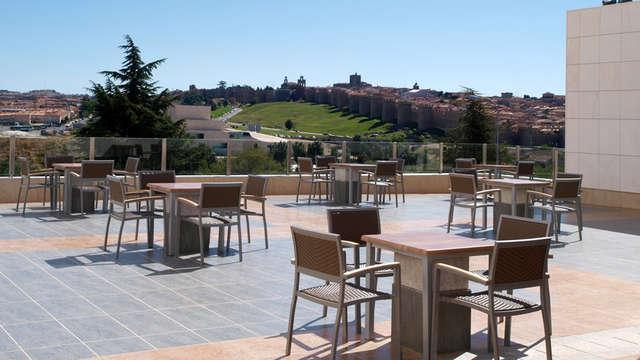Escapada con Cena romántica en Ávila y vistas panorámicas de la ciudad