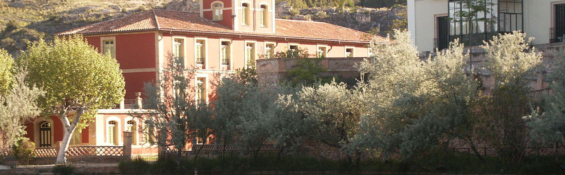Balneario Termas Pallares - Hotel Parque - edit_facade.jpg