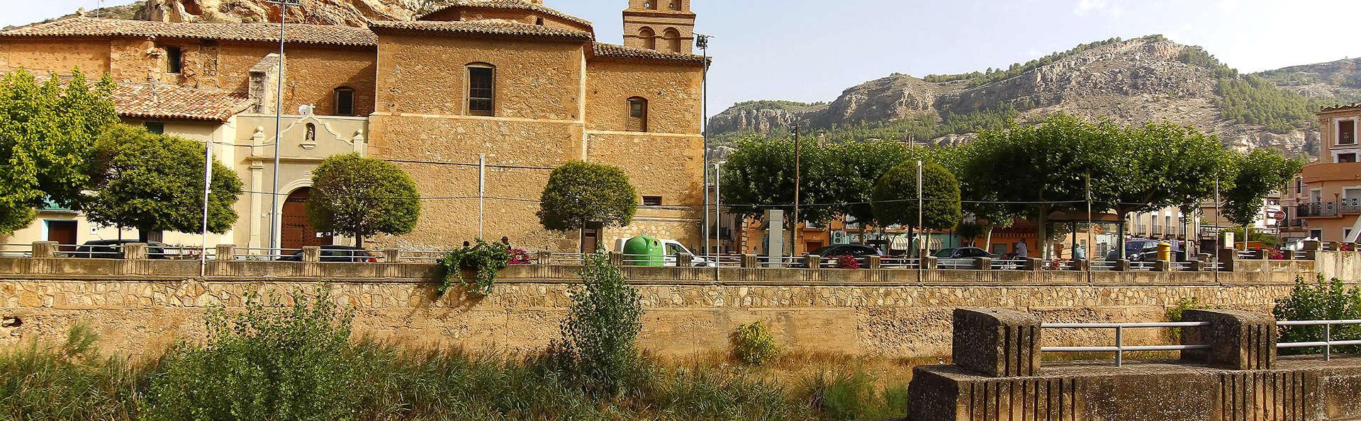 Balneario Termas Pallares - Hotel Parque - edit_shutterstock_138191075_Alhama-de-Aragon.jpg