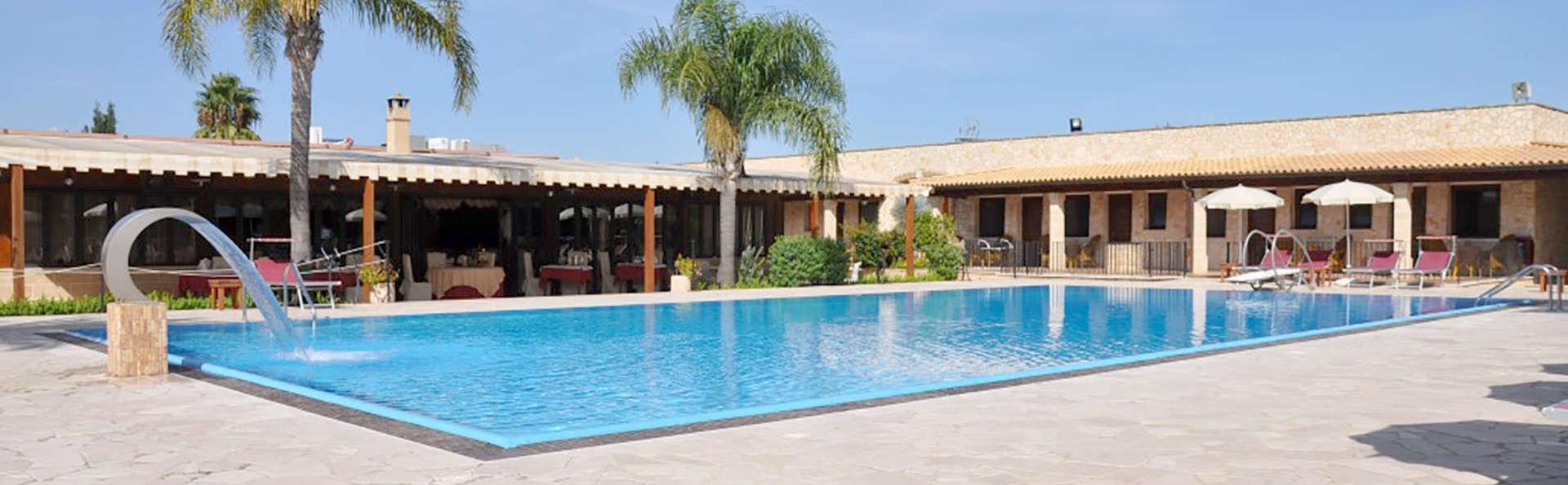 Hotel Resort Masseria Le Pajare - Edit_Pool4.jpg