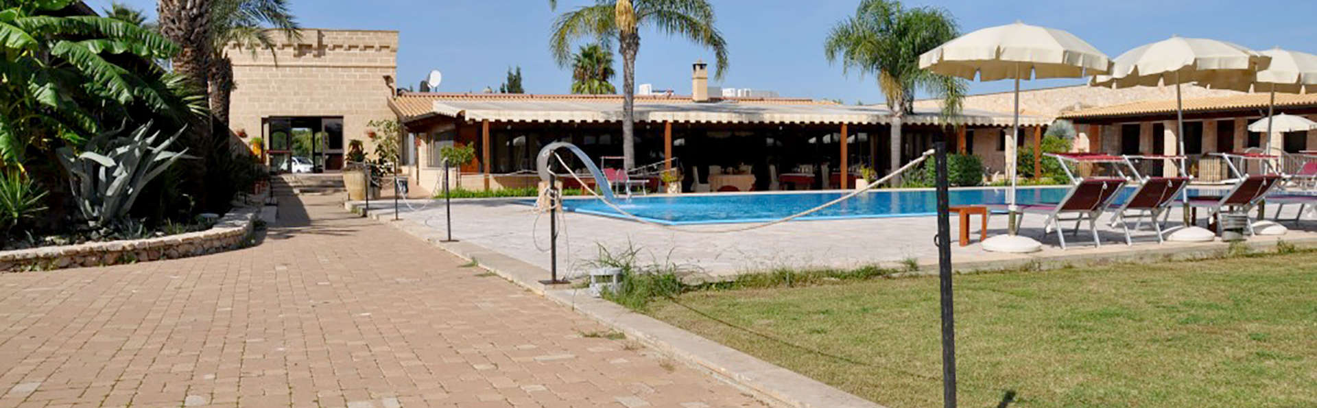 Hotel Resort Masseria Le Pajare - Edit_Pool5.jpg