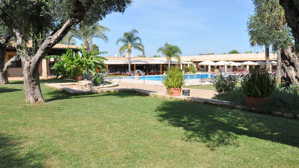 Hotel Resort Masseria Le Pajare - Edit_Pool6.jpg