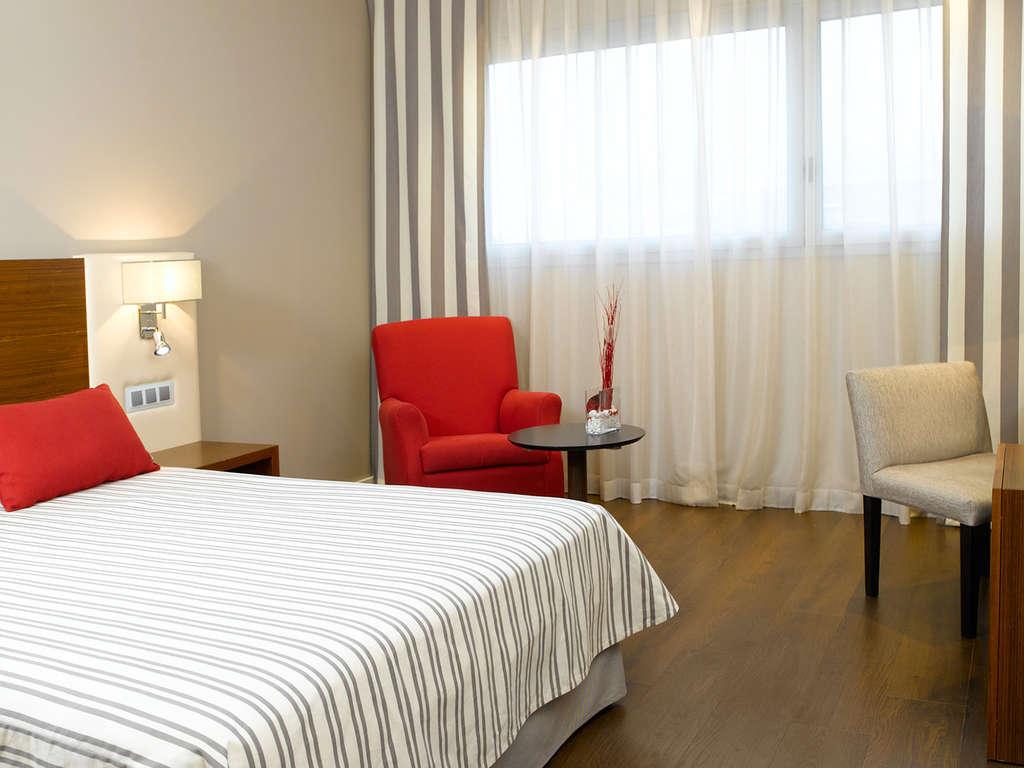 Séjour Espagne - Escapade dans une chambre supérieure avec des détails romantiques et départ tardif garanti  - 4*