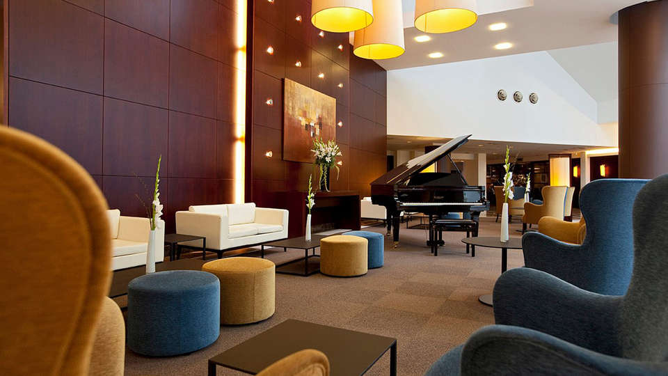 Ramada Plaza Antwerp - EDIT_LOBBY2.jpg