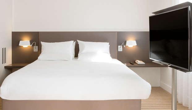 Novotel Suites Paris Rueil Malmaison - room