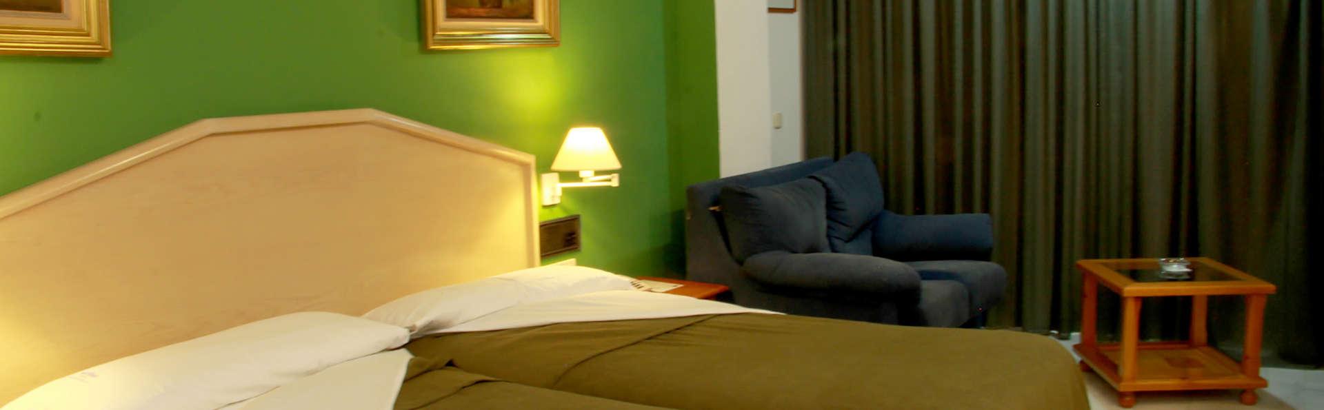 Del Mar Hotel & SPA - Edit_room2.jpg