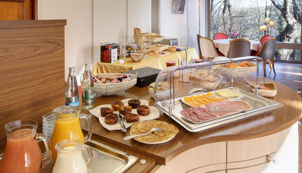 BEST WESTERN Auray Le Loch - buffet breakfast