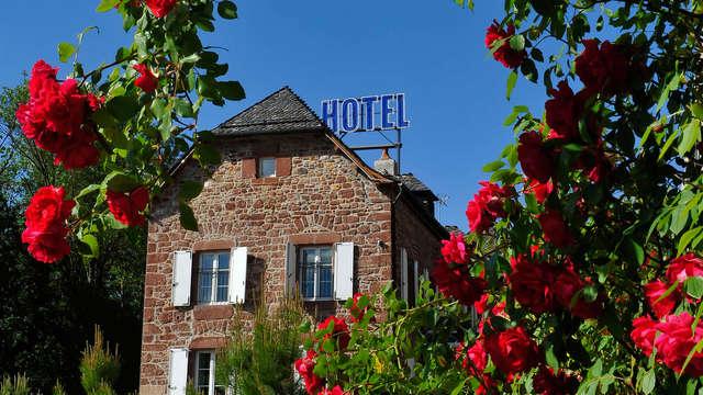 Encanto francés en pleno corazón de la Lozera