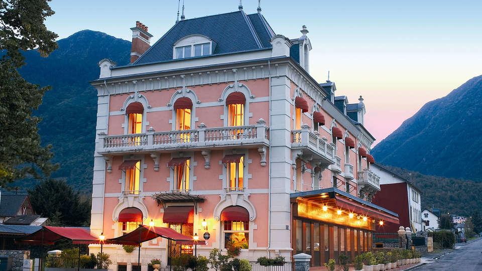 Grand Hôtel de France - edit_front.jpg