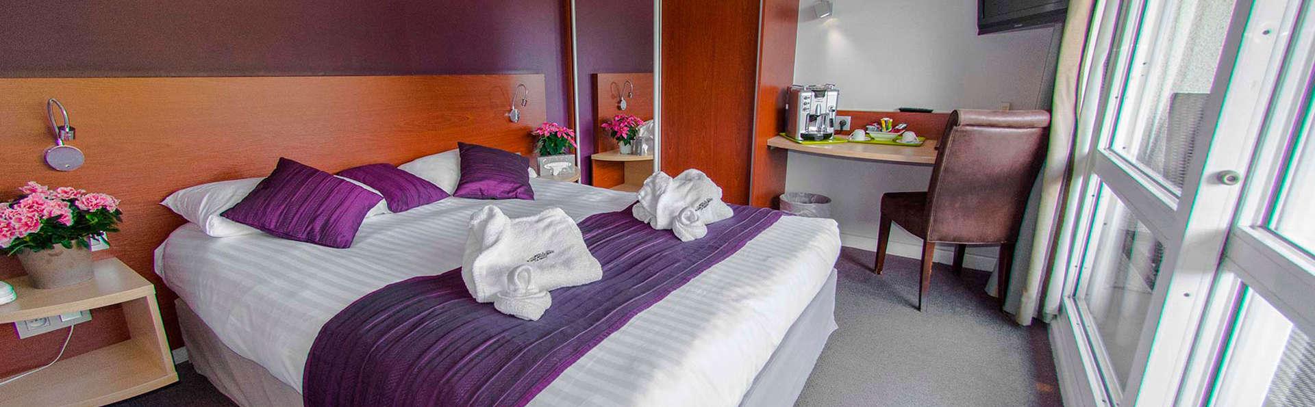 week end bien tre la ciotat avec 1 coupe de champagne pour 2 adultes partir de 158. Black Bedroom Furniture Sets. Home Design Ideas