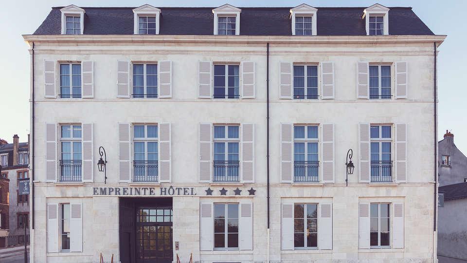 Empreinte Hôtel - edit_front.jpg