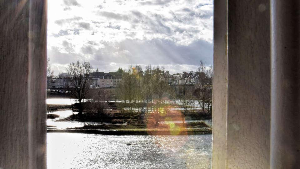 Empreinte Hôtel - edit_Vue_Loire.jpg