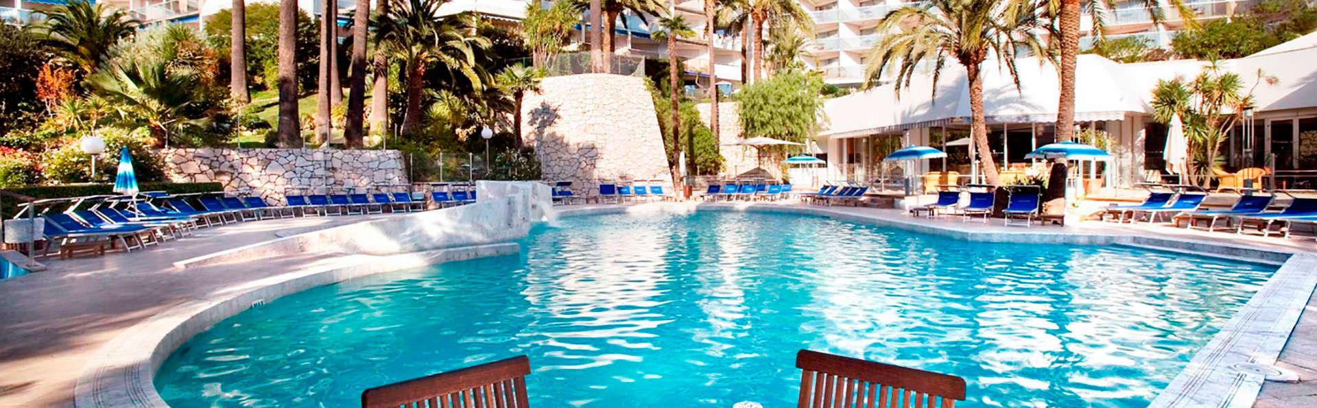 Week-end détente à Cannes avec spa et piscine