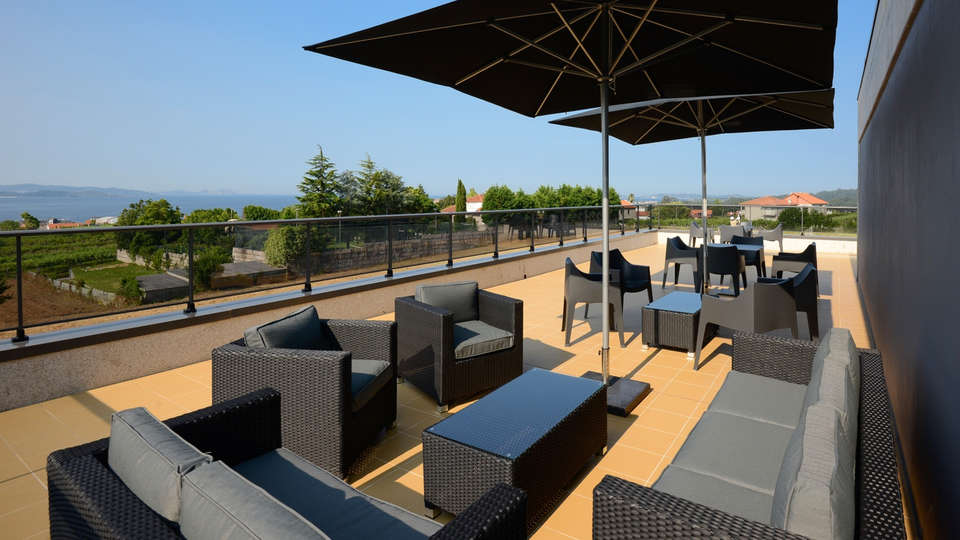 Hotel Bosque Mar - edit_terraza.jpg