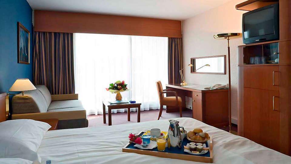 Hotel Cannes Montfleury - edit_room56.jpg