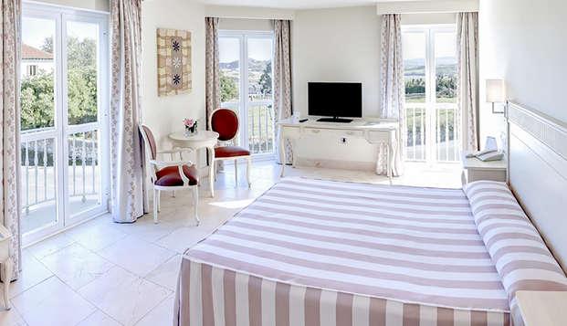 Escapada romántica en Suances en un hotel con vistas al mar Cantábrico con desayuno buffet
